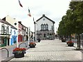 S0740 : Plaza in Cashel town centre by Darrin Antrobus