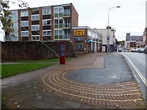 SX9292 : South Gate and South Street, Exeter by David Smith