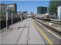 SU6400 : Portsmouth & Southsea railway station by Nigel Thompson