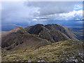 NN1458 : Ridge eastwards from Sgurr nam Fiannaidh by Trevor Littlewood