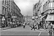 O1533 : Dublin, 1955: King Street South from St Stephen's Green by Ben Brooksbank