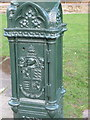 SZ0890 : Bournemouth: coat of arms on a Gardens lamppost by Chris Downer