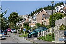 SN5981 : Brynglas Road by Ian Capper