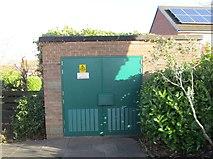 SE1321 : Electricity Substation No 1385 - Highfield Road by Betty Longbottom