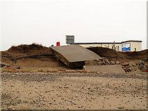 TA4115 : More erosion at Kilnsea by Stephen Craven