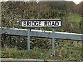 TM2440 : Bridge Road sign by Adrian Cable