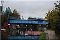 TQ2282 : Railway Bridge over the Grand Union Canal by N Chadwick