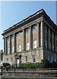 ST7465 : Detail of 30 Royal Crescent, Bath by Stephen Richards