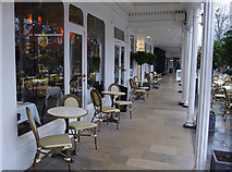 TQ5838 : Colonnade, the Tunbridge Wells Hotel by Ian Taylor