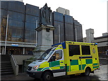 SU6400 : Ambulance in Guildhall Square by Basher Eyre