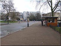 TQ2879 : Kiosk near Hyde Park Corner by Oliver Dixon