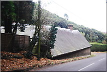 SU8529 : The Old Stables, Hollycombe by N Chadwick