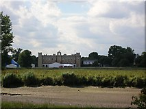 TQ1776 : Thames and Syon House by DS Pugh
