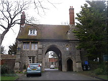 TR3865 : Gate House to Ramsgate Cemetery by David Anstiss