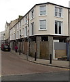SO2104 : A boarded-up corner of Abertillery by Jaggery