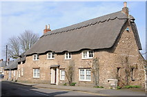 SK8508 : Thatched cottage, Oakham by Philip Halling