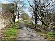 NS6162 : Clyde Walkway at Dalmarnock by Lairich Rig