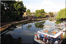 TQ2884 : The Regent's Canal in Camden by Steve Daniels