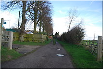 TM1551 : Footpath on the edge of Henley by N Chadwick