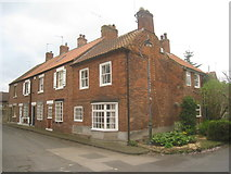 SK5993 : Cottages in Church Lane by Jonathan Thacker