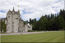 NJ1736 : Ballindalloch Castle by Stuart Wilding
