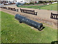 TV6299 : 68 Pound Cannon outside the Redoubt Fortress, Eastbourne by PAUL FARMER