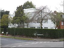 TQ2688 : Modernist house on the corner of Rowan Walk and Linden Lea by David Howard