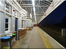 NT9953 : Berwick-Upon-Tweed Architecture : The Down Platform At Berwick Station (Looking South) by Richard West