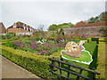 TQ8352 : Gardens at Leeds Castle by Paul Gillett