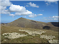 NC5728 : Grassed summit area of Creag an Lochain by Trevor Littlewood