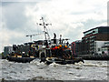 TQ3380 : Choppy Water on the Thames, London SE1 by Christine Matthews