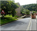 SO5074 : Steep descent, Dinham, Ludlow by Jaggery