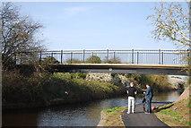 TQ1281 : Footbridge, Grand Union Canal - Paddington Branch by N Chadwick