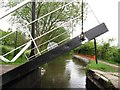 SJ9686 : Turf Lea Liftbridge [No 22] closing, Peak Forest Canal by Christine Johnstone