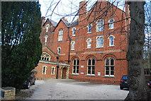SP5107 : Wycliffe Hall by N Chadwick