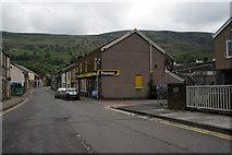 SO0602 : Bridge Street, Troedyrhiw by Ian S