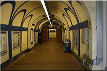 TQ2575 : Wandsworth Town station - subway by David Kemp