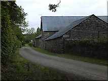 SX6497 : Farm buildings at Halford by David Smith