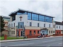 TA0831 : Newland Avenue, Kingston upon Hull by Bernard Sharp