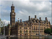 SE1632 : Town Hall, Centenary Square, Bradford by Stephen Richards