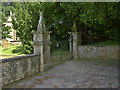 SK5451 : Papplewick churchyard gates by Alan Murray-Rust