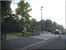 TQ2780 : Cumberland Gate looking towards Hyde Park by David Howard
