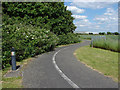 TQ0773 : The West Bedfont cycle path by Alan Hunt