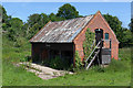 TM3852 : Old Stable north of Church Farm, Chillesford by Peter Facey