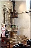 TQ2792 : St James the Great, Friern Barnet Lane, now St Katherine's Greek Orthodox Church - Font by John Salmon