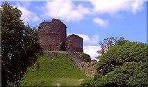 SX3384 : Launceston Castle by Paul Loft
