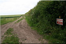 TF3873 : Clearly marked footpath to Driby by Chris