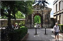 SP5206 : Oxford : Botanic Gardens Entrance by Lewis Clarke