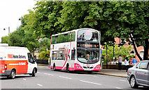 J3372 : Bus, Queen's University, Belfast (July 2014) by Albert Bridge