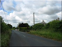 S8671 : Minor road approaching Tullow by David Purchase